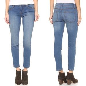 Free People Light Wash Roller Cropped Skinny Jeans